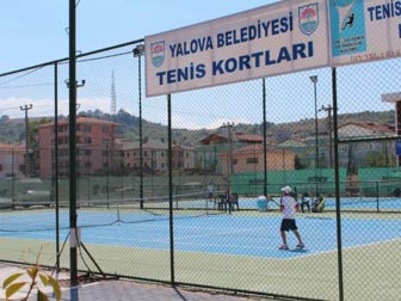 12 Yaş Yaz Kupası Tenis Turnuvası Sona Erdi