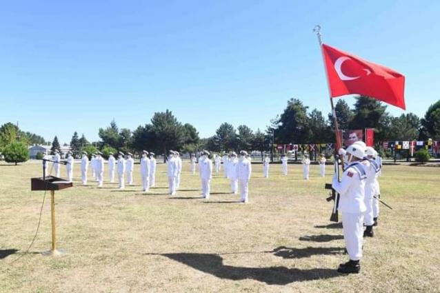 14 Subay Ve 20 Astsubay Törenle Orduya Katıldı