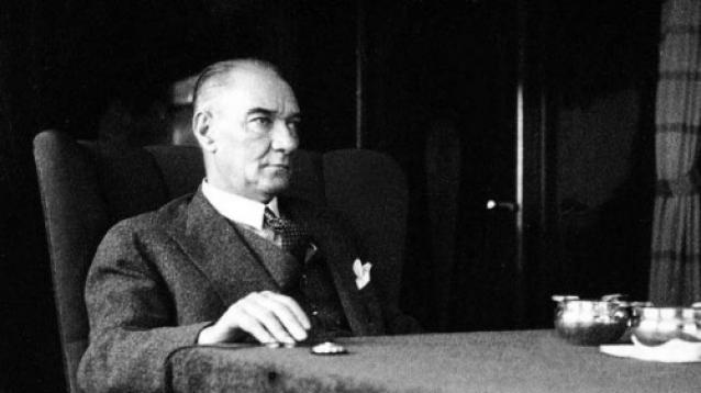 Atatürk'ün Yalova'ya Gelişi