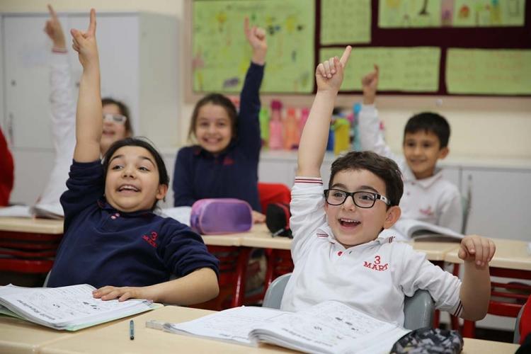 43 Bin Öğrenci Ders Başı Yaptı