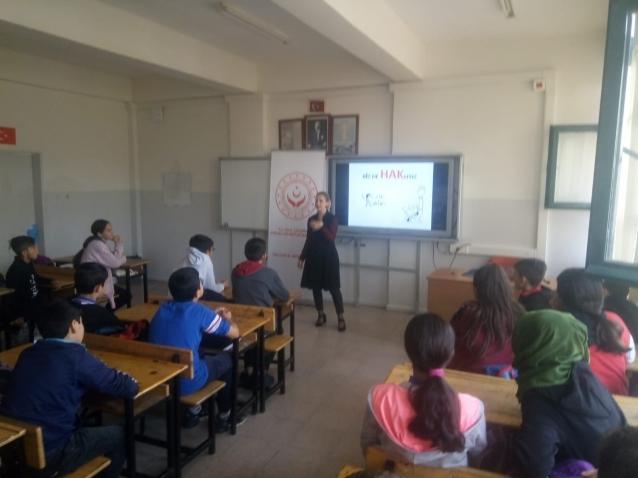 450 Çocuğa Çocuk Hakları Anlatıldı