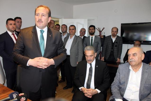 Ak Parti Genel Başkan Yardımcısı Karacan Yalova'daydı
