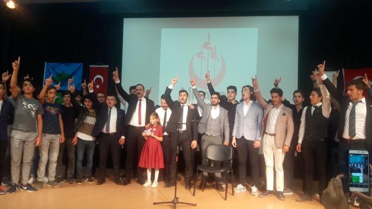 Alperenler İstanbul'un Fethini Kutladı