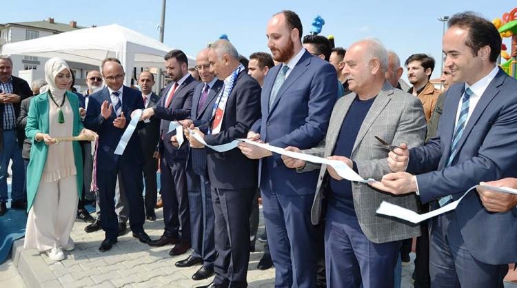 Altınova'da Görkemli Açılış