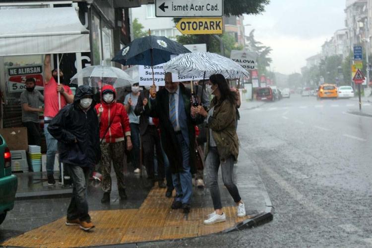 Baro Başkanını Yağmur Bile Engelleyemedi