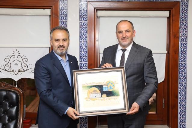 Soyer'den, Bursa Belediye Başkanı Aktaş'a Ziyaret