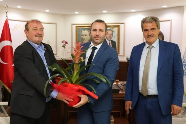 Başkanlardan Tutuk'a Hayırlı Olsun Ziyareti