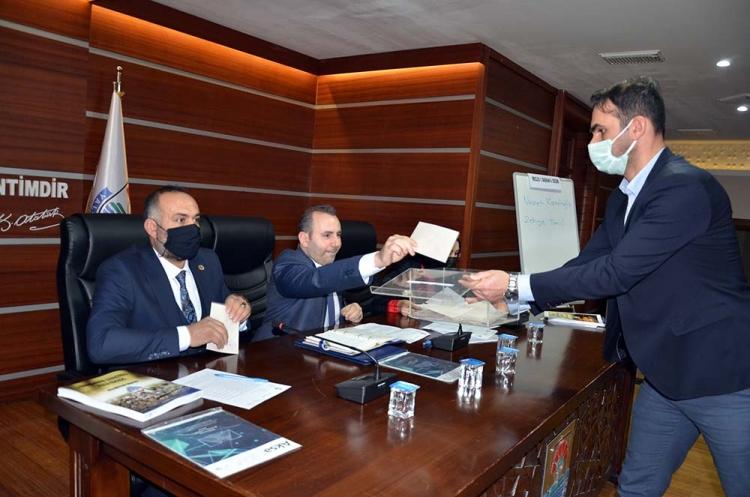 Belediye Meclisinde Komisyonlar Belirlendi