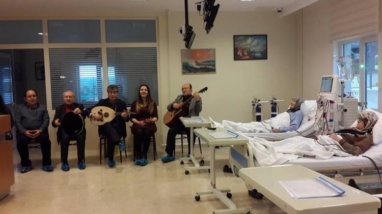 Böbrek Hastalarına Müzikle Terapi