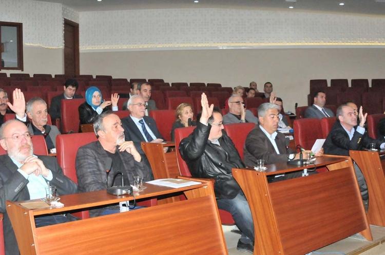 Kadir Ofluoğlu CHP'den İstifa Etti
