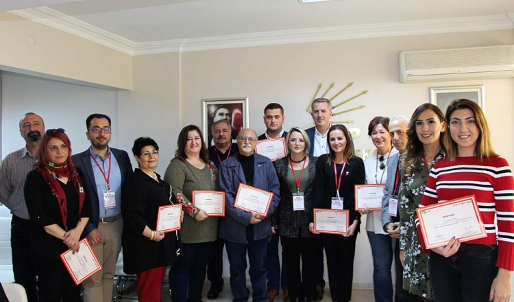 CHP'de Eğitim Hız Kesmiyor