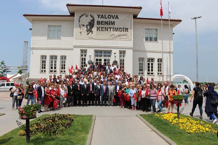 CHP'den Alternatif Bayram Kutlaması