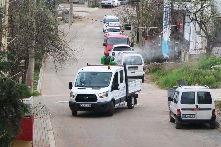 Çiftlikköy Caddeleri Mistblower'la Dezenfekte Ediliyor