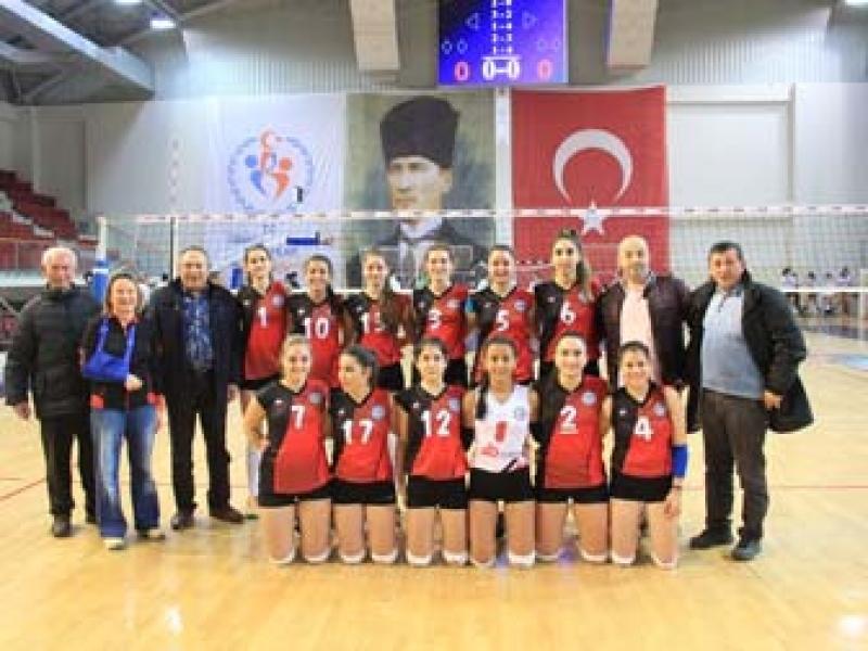 Çiftlikköy 3-0'lık Altınova Galibiyetiyle Başladı