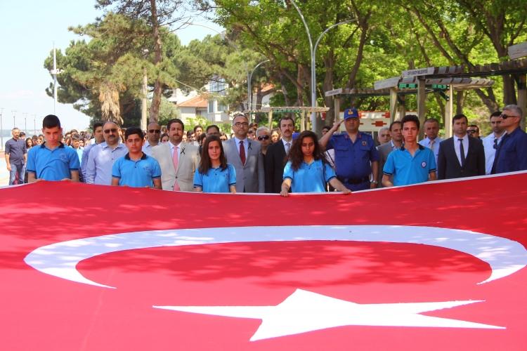 Çiftlikköy'de Gençlik Yürüyüşü