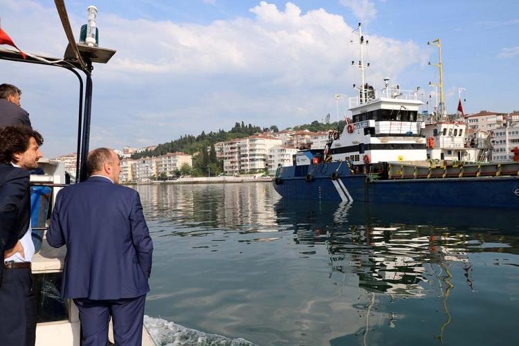 Çınarcık Limanında Temizlik Çalışması Başlatıldı