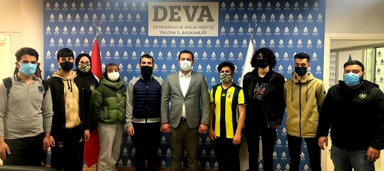 Demirhan, Genç Fenerbahçelileri Kabul Etti
