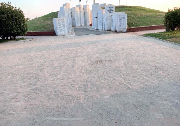 Deprem Anıtı Yenileniyor