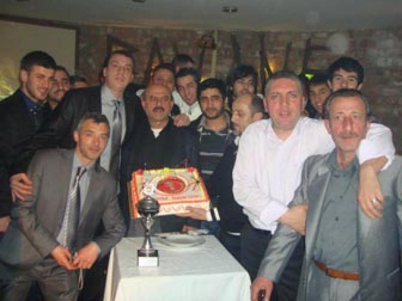 Doğanspor'dan Unutulmaz Şampiyonluk Kutlaması