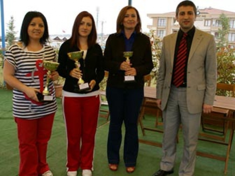 Doğuşspor'dan Tenis Şampiyonluğu