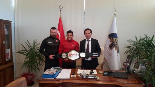 Dünya Şampiyonu Sporcu Atik'i Ziyaret Etti