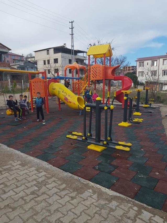 Elmalık Köyü'ne Çocuk Parkı