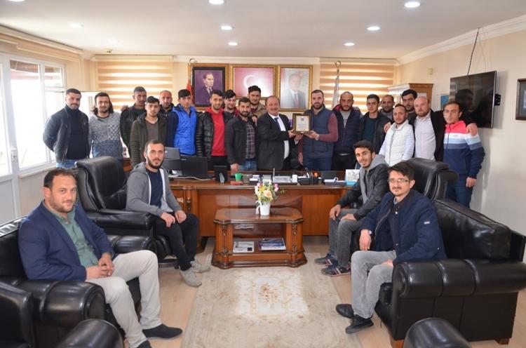 Esenköy Gençlik Merkezi Toplanıyor