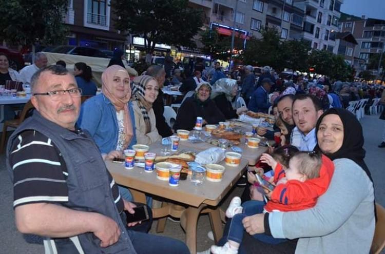 Esenköy'de 2 Bin Kişilik İftar