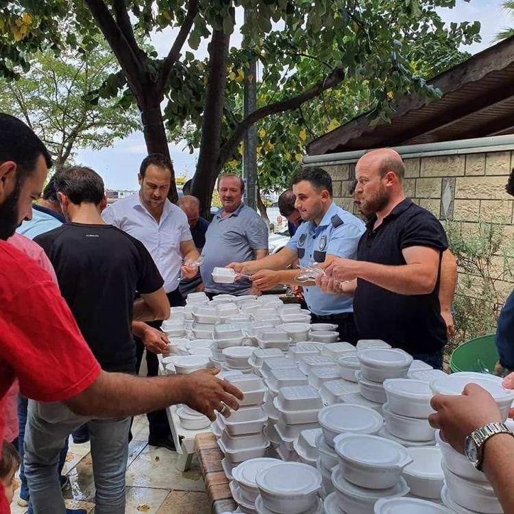 Esenköy'de Aşure Dağıtıldı