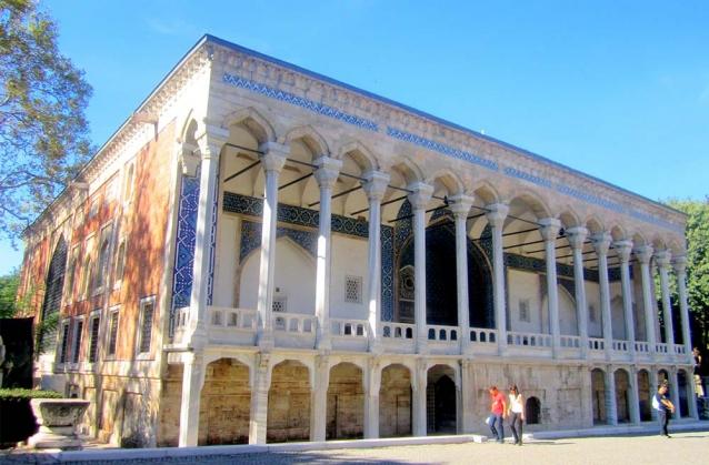 Fatih Köşkü'nün Çatısını Asmaz Restore Edecek