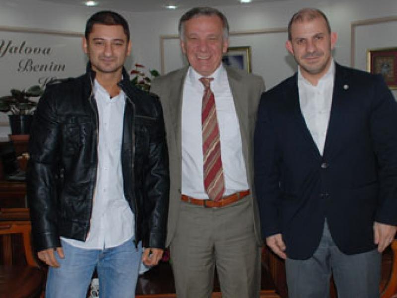 Fitness Dünya 3.sü Turgay Ateş, Başkan Koçal'ı Ziyaret Etti