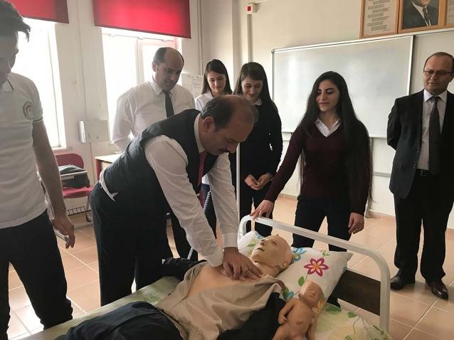Geleceğin Sağlıkçıları Tosun'u Ağırladı
