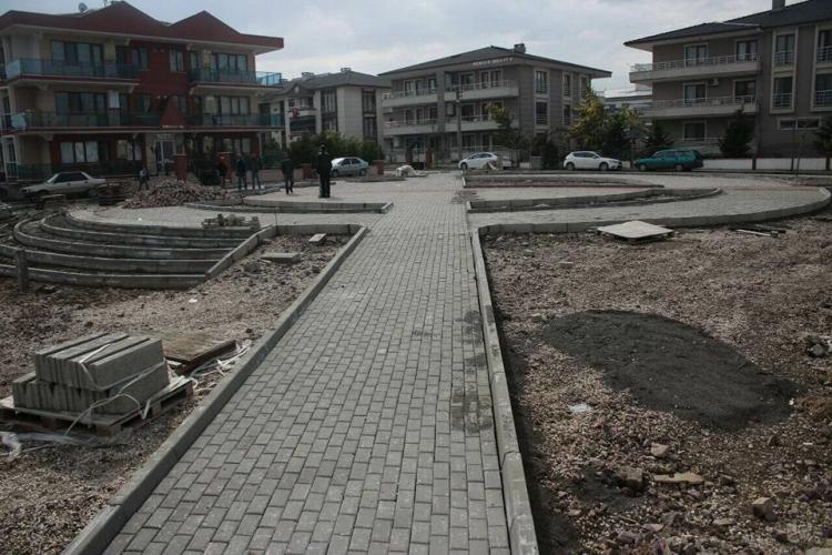 """""""Hacımehmet Ovası'nda Depremin İzlerini Siliyoruz"""""""