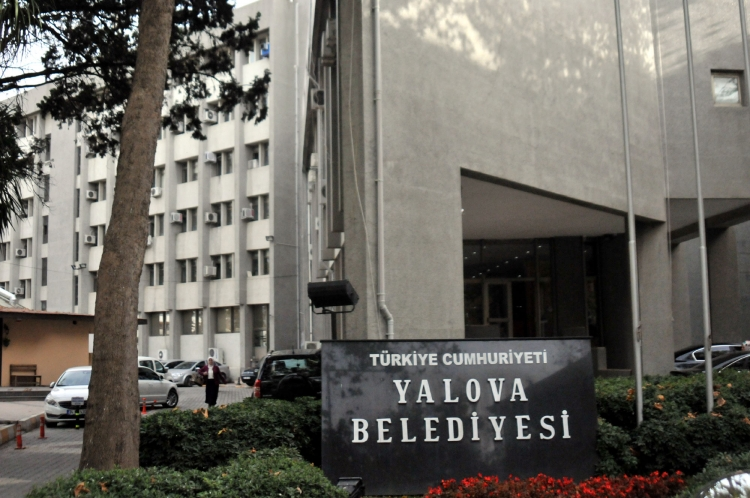Hakim Karşısına Çıkan 5'kişiden 3'ü Tutuklandı
