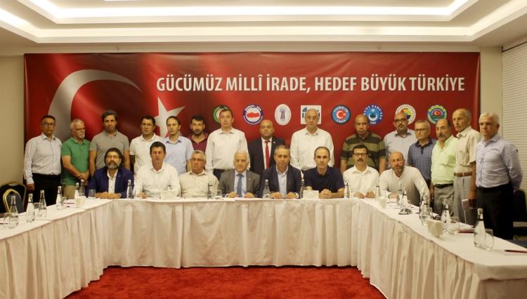 """""""Hedef Büyük Türkiye"""""""