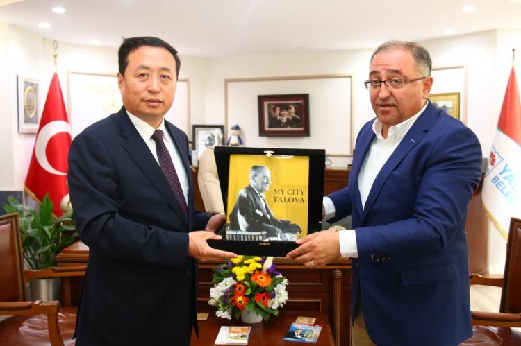 Henan Heyetinden Başkan Salman'a Ziyaret