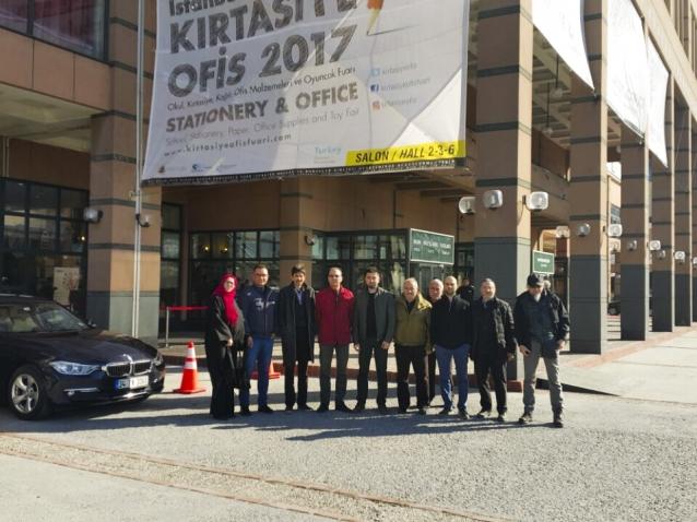 YTSO Kırtasiye Fuarına Üyeleri ile Ziyaret Etti