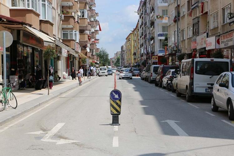 Pazar İstiklal Caddesinde Kurulacak