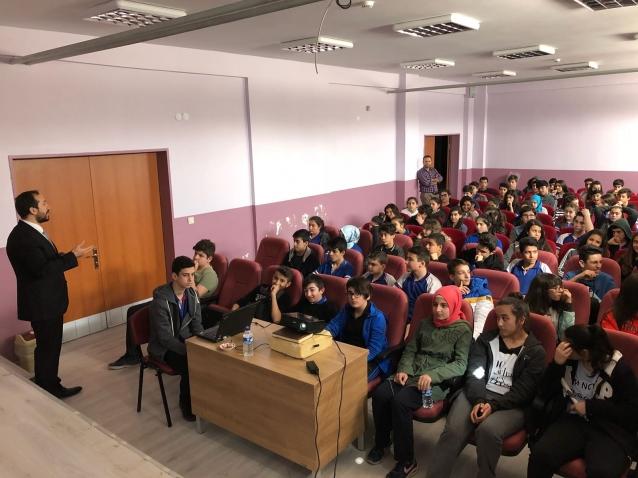İşkur'dan Öğrencilere Bilgilendirme Semineri