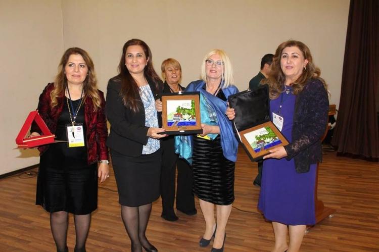 """Kadın Konseyine """"Örnek STK"""" Ödülü"""