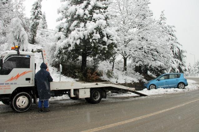 Kar Kazaları Beraberinde Getirdi