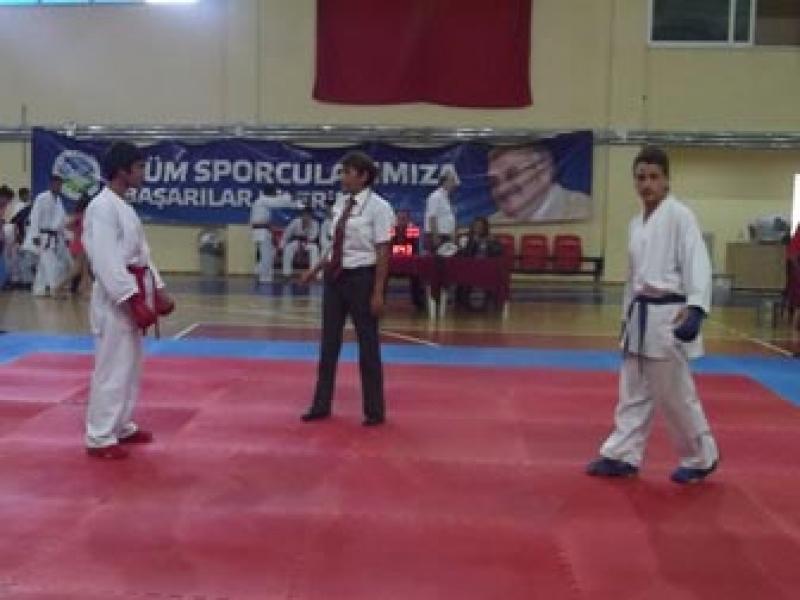 Karateciler Lige İyi Başladı