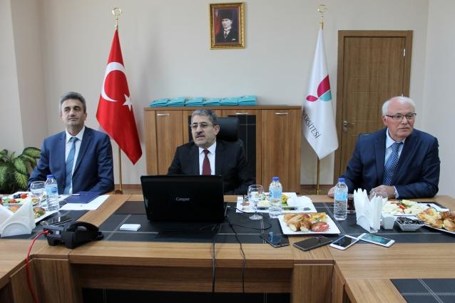 """""""Köprü Altı Üniversitesi Diye Anılıyoruz"""""""