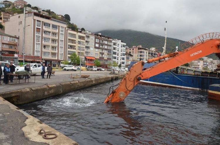 Liman İçinde Temizlik Başladı