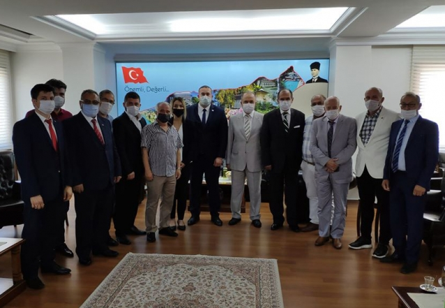 MHP Yönetiminden Vali Erol'a Ziyaret
