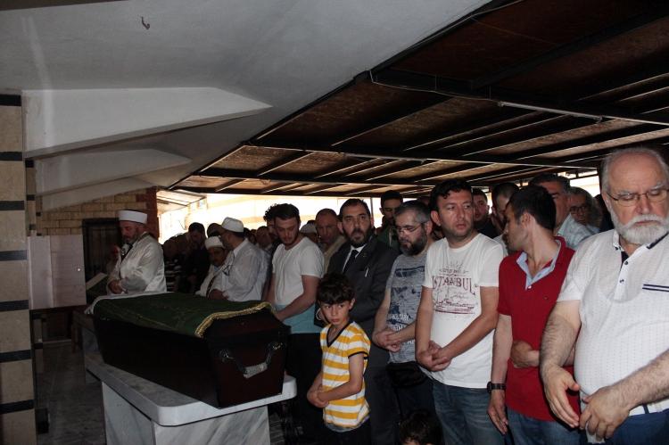 Muhammed Mursi İçin Yalova'da Gıyabi Cenaze Namazı Kılındı