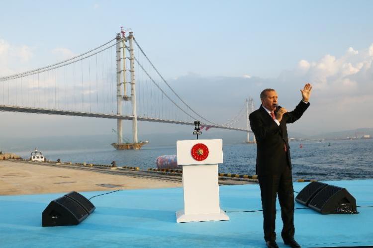 Osmangazi Köprüsü Trafiğe Açıldı