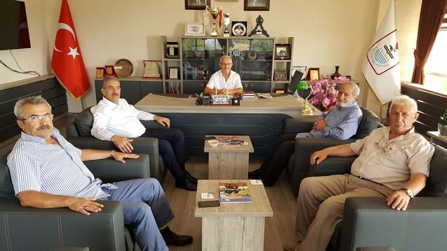 Öztabak, Kadıköy Belediyesini Ziyaret Etti