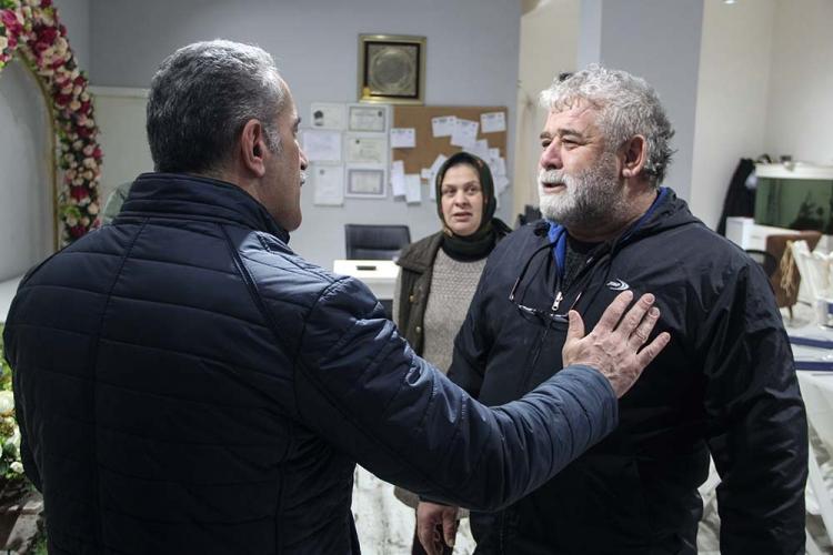 Öztabak'tan Dertli Esnafa Ücretsiz Otopark Sözü