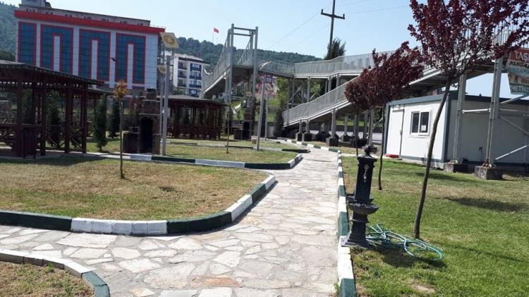 Park Ve Bahçe Düzenlemelerine Hız Verildi
